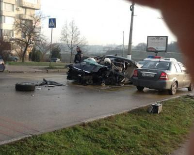 Чёрный понедельник в Севастополе - в утреннем ДТП пострадало два человека (фото)