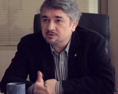 Политолог: А.Чалый исчерпал определенные законом инструменты противостояния с правительством Севастополя и должен уйти в отставку