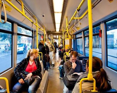 Мнения севастопольцев о поднятии стоимости проезда и качестве пассажирских перевозок (видео)