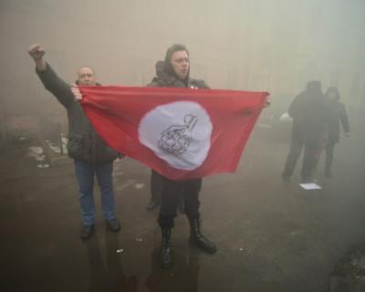 В Санкт-Петербурге активисты «Другой России» пожелали Савченко адского пламени (фото)