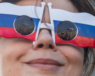 На фоне массы проблем.......8 преимуществ возвращения Севастополя в Россию