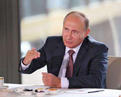 В Крыму Путин выдвигает первые предложения