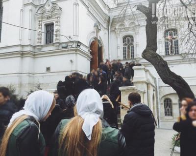 В Севастополе простились с подростками, погибшими в страшном ДТП (фото)