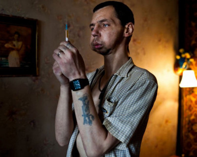 Число граждан, состоящих на диспансерном учете с диагнозом «наркомания», в Крыму на начало октября составляет 4275 человек