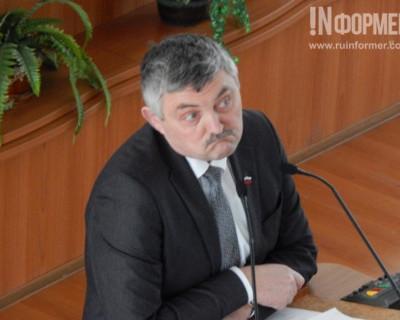 Севастопольцы редко видят депутата Посметного на его избирательном округе, зато...