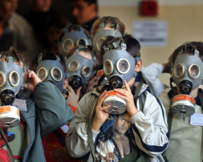 «Внимание, газы!» «Азов» готовит химические атаки в Мариуполе (фото)