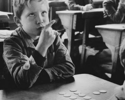Сколько школ Севастополя находятся по угрозой исчезновения?