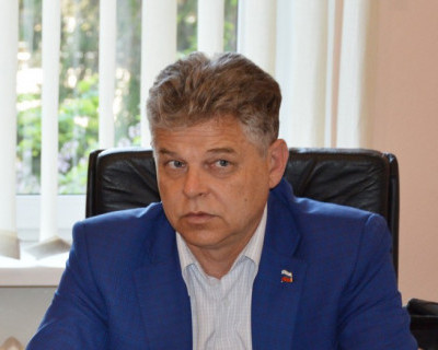 Депутат Заксобрания отправил севастопольцев почти на три буквы - вперёд в прошлое (фотофакт)