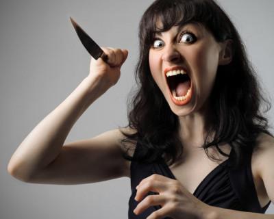Крымчанка бежала за обидчиком с ножом - догнать его удалось