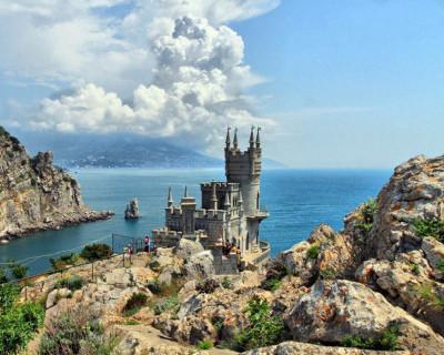 Не нужен нам берег турецкий. Крымского нас не лишайте!