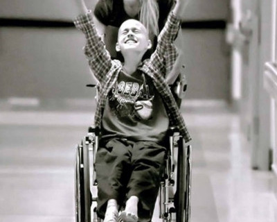 Эксперимент: Сестра инвалида (видео)