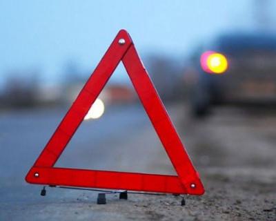 ДТП в Севастополе: грузовик мог кого-то убить досками (фото)