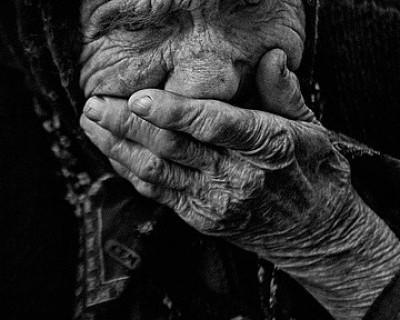В преддверии Дня Победы материальная помощь до ветеранов Севастополя не доходит (документ)