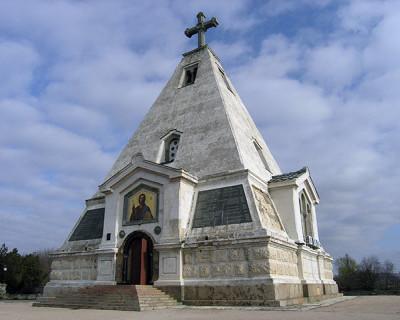 Законодательное Собрание: «В Севастополе некому следить за памятниками»