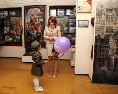 Олесия Романова поздравила севастопольских ветеранов с Днём Победы (фото)