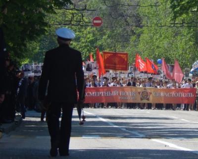 «Бессмертный полк» в Севастополе: трогательные истории из уст взрослых и детей!