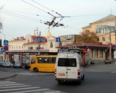 В Севастополе водители автобусов составляют маршруты на ходу (фото)