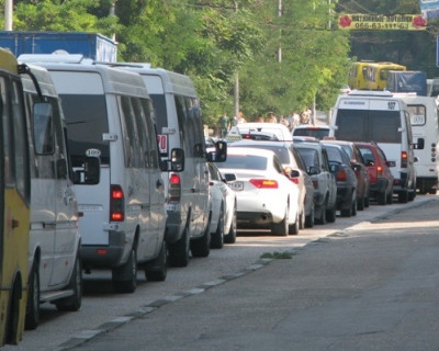 Дорожная обстановка в Севастополе: где стоим, где тянемся