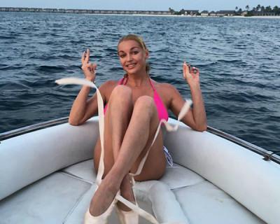В чём и с кем плавает Волочкова: «Они тут такие добрые» (фото)
