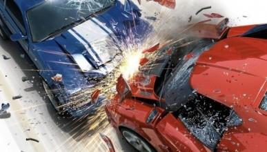 В Симферополе водитель «ВАЗ» нарушил все возможные правила ПДД и влетел в стену (фото, видео)