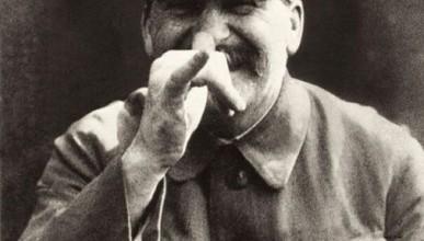 В Симферополе вандалы совершили покушение на Сталина (фото)