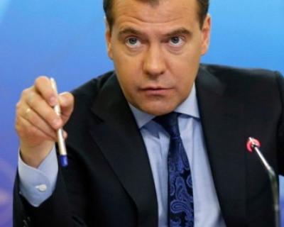 «Дмитрий Анатольевич накажет!»: волонтерам «ЕР» в Севастополе угрожают члены избирательной комиссии (фото)