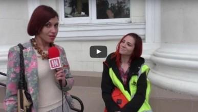Корреспондент «ИНФОРМЕРа» взяла интервью у жёлтой жилетки (видео)