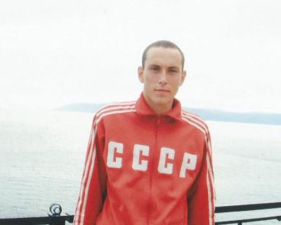 В Севастополе пропал военный, прибывший в город служить по контракту (фото)