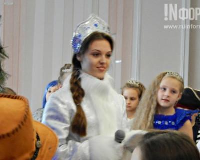 Фееричная ёлка в севастопольской гимназии