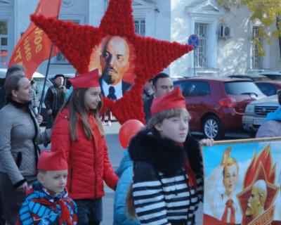 Коммунисты Севастополя отметили 7 ноября – день Великой Октябрьской социалистической революции