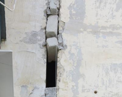 Севастопольский дом по улице Павла Корчагина «трещит» по швам