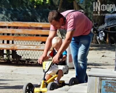 «Особенный севастопольский папа»: добрый городской фотопроект от «ИНФОРМЕРА» (фото)