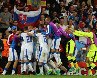 Евро-2016. 1 тайм. Россия — Словакия — 0:2