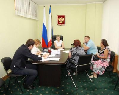 Комитет Госсовета Крыма грамотно консультирует и оперативно помогает (фото)