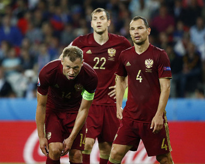 Что надо сделать сборной России, чтобы не уехать с ЕВРО-2016 домой