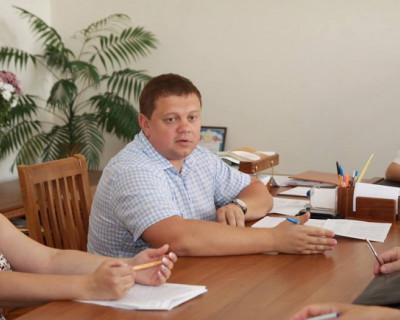 Комитет Госсовета Крыма работает! Севастополь может этим похвастаться? (фото)