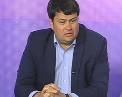 Севастопольский чиновник на «Инфинити» заявил о «реанимации» стадиона «Горняк» к 2019 году (фото, скриншоты)