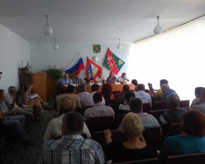 Рекламная компания химикатов в селе Верхнесадовое под эгидой Департамента сельского хозяйства (фото)
