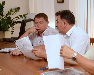 Комитет Госсовета Крыма трудится в поте лица - три совещания за один день (фото)