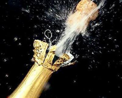 Россияне будут купаться в шампанском (фото)