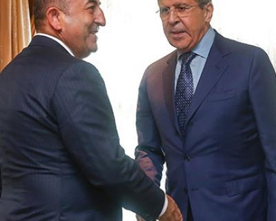 В Сочи министры иностранных дел России и Турции пожали друг другу руки и о чём-то договорились
