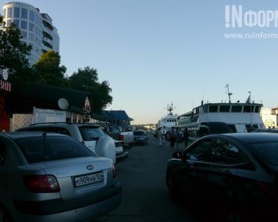 В севастопольской Артбухте власти и ГИБДД не мешают «давить» пешеходов? (фото)