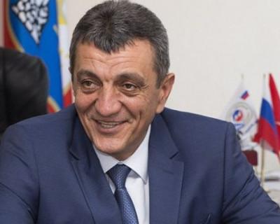 Губернатор Севастополя поразил своей открытостью и простотой зарубежных журналистов