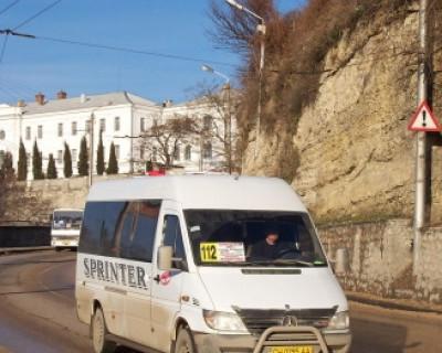 Водители севастопольских маршруток устанавливают скорость для пешеходов? (фото)