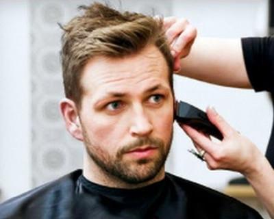 Уважаемые парикмахеры, подстригите этого севастопольца!