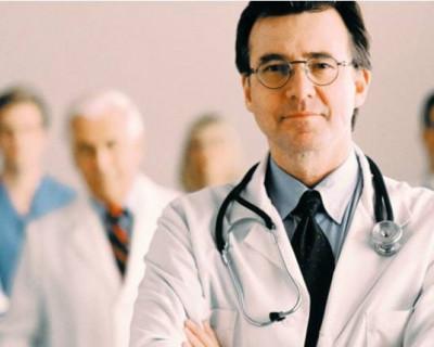 В Севастополе врачи отказываются говорить с семьёй пострадавшего и не пускают в палату?