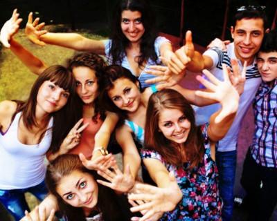В Севастополе будут записывать в клубы по интересам