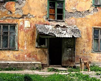 Куда денут севастопольцев из аварийного жилья?