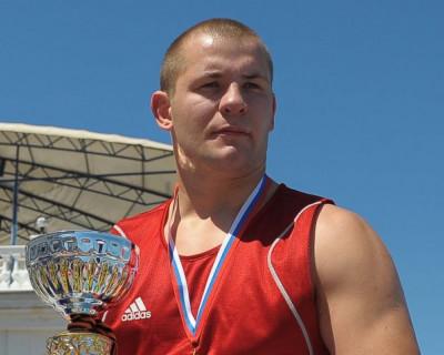 Боксёр представит Севастополь на чемпионате мира среди студентов!