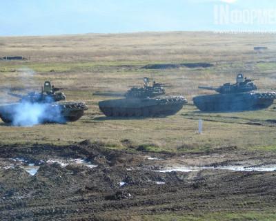 В Севастополе начистили танки